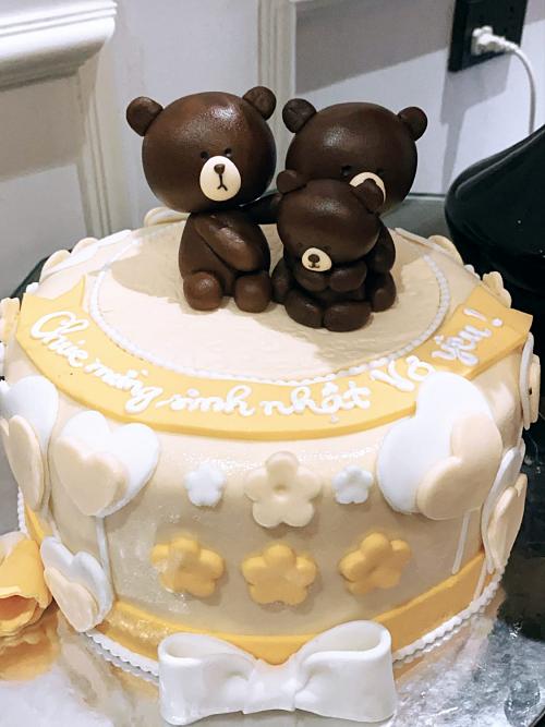 Bánh kem hình gấu Brown