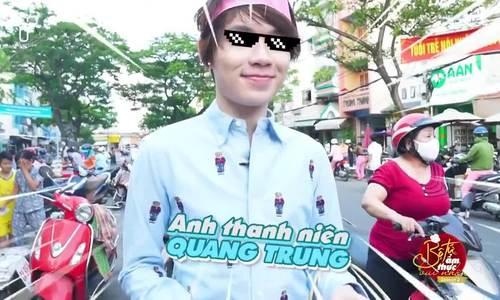 Quang Trung bị chọc ghẹo khi đi chợ